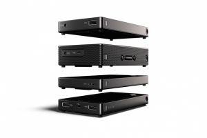 ThinkPad Stack -Power Bank , bezdrátový router , externí pevný disk a Bluetooth repro.