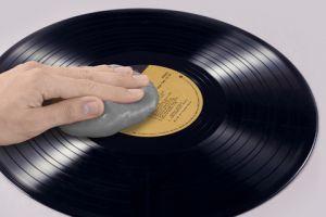 CYBERCLEAN Vinyl & Phono Care Cup 160g speciální hmota pro čištění LP desek a gramofon.