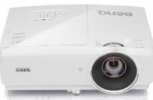 BENQ DLP Projektor MH750 1920x 1080 FHD/4500 ANSI lm/10 000:1/D-Sub/2xHDMI/MHL/S-video/2x