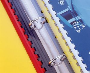 Pásek s univ. perforací pro plastovou vazbu, 100 ks v balení, závěs do pořadače