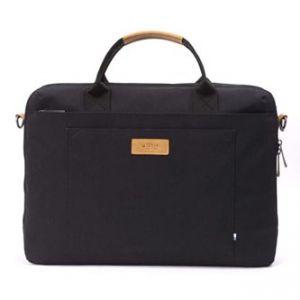 """Taška na notebook 15"""", Subra Black, černá z polyesteru, Golla"""